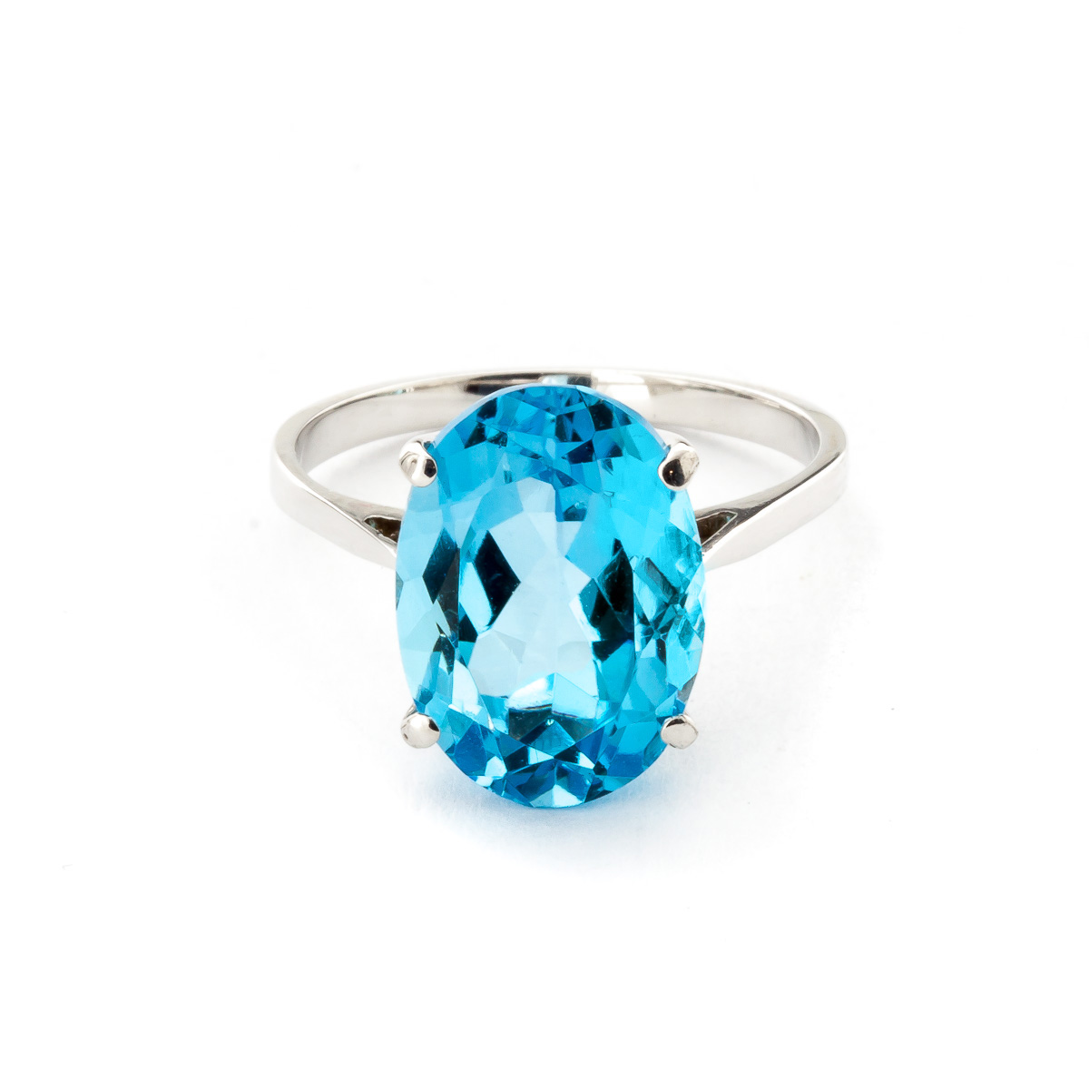 Blue Topaz Valiant Ring 8 ct in 18ct White Gold