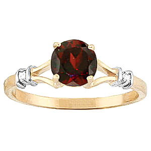Garnet & Diamond Aspire Ring in 9ct Gold