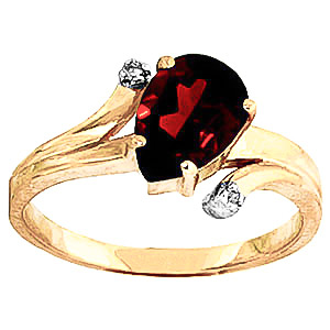 Garnet & Diamond Flank Ring in 9ct Gold