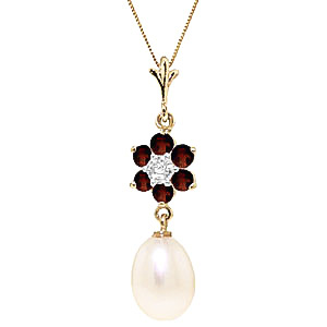 Pearl, Garnet and Diamond Daisy Pendant Necklace 4.5ctw in 9ct Gold