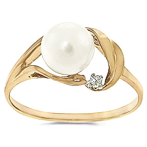Pearl & Diamond Ring in 9ct Gold