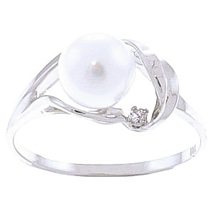 Pearl & Diamond Ring in 18ct White Gold