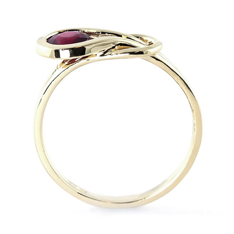 Ruby San Francisco Ring 0.65ct in 9ct Gold