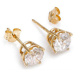 Diamond Stud Earrings in 14K Gold