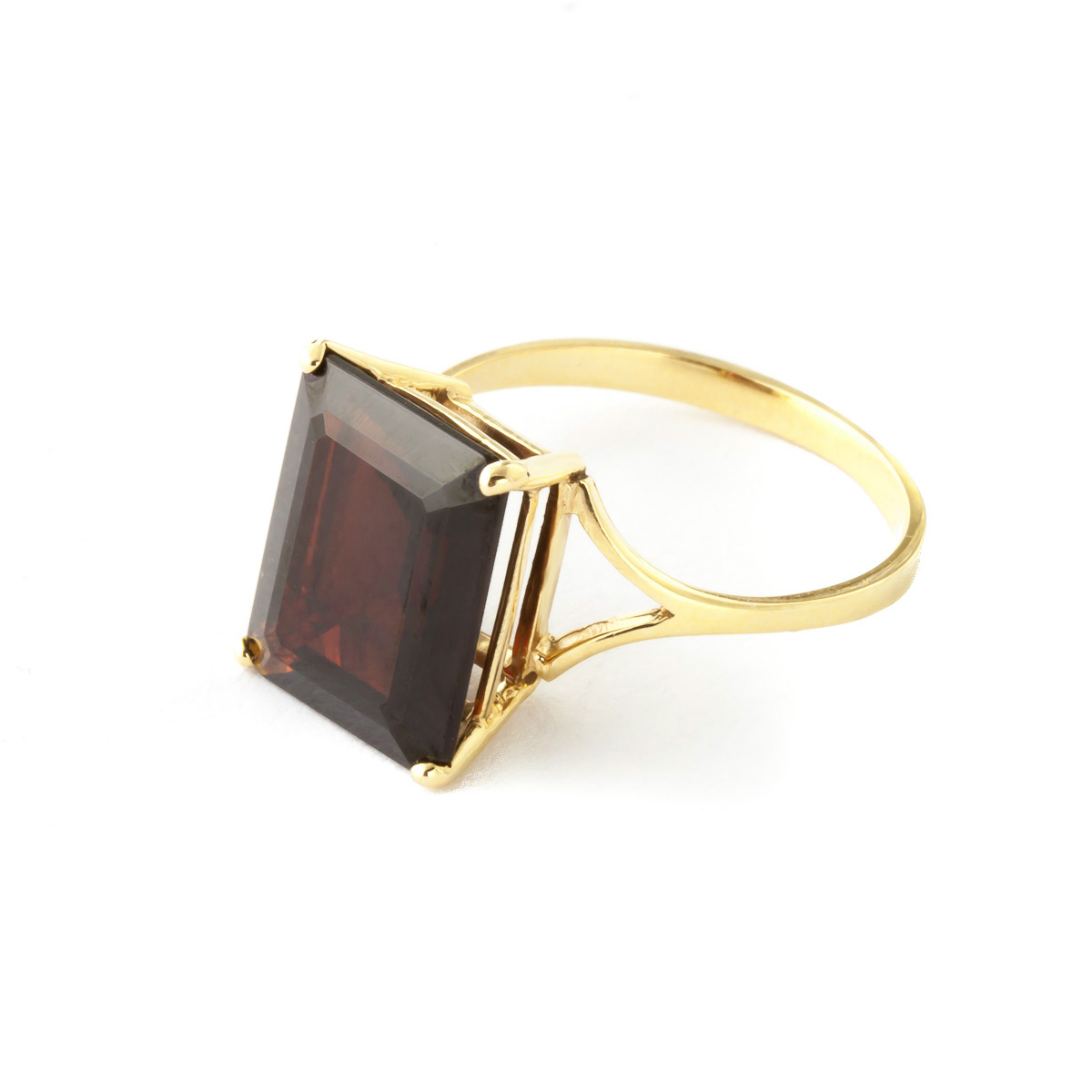 Garnet Ring 7.0ct in 9ct Gold