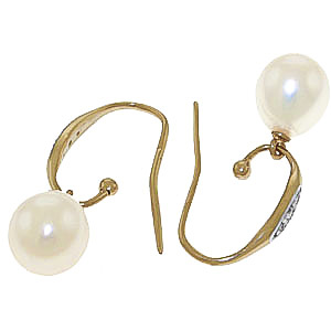 Diamond and Pearl Drop Earrings in 9ct Gold