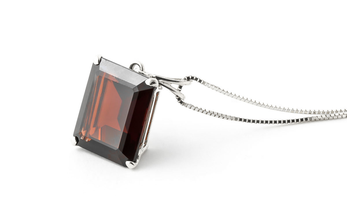 Garnet Pendant Necklace 7.0ct in 9ct White Gold