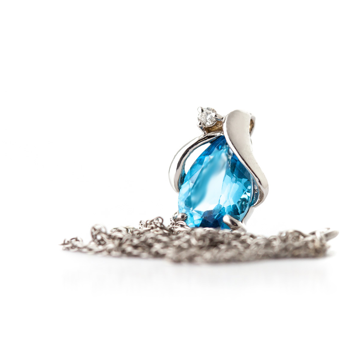 Blue Topaz and Diamond Pendant Necklace 2.5ct in 14K White Gold