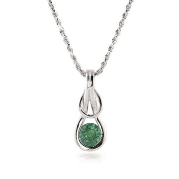Emerald San Francisco Pendant Necklace 0.65 ct in 9ct White Gold