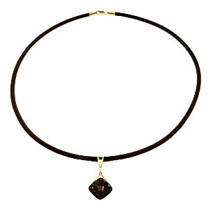 Garnet Leather Pendant Necklace 8.76 ctw in 9ct Gold