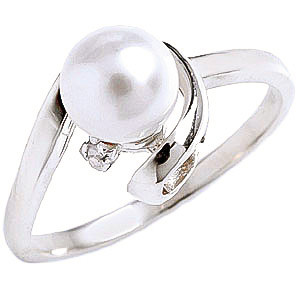 Pearl & Diamond Twist Ring in 9ct White Gold
