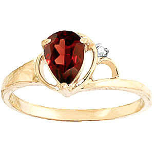 Garnet & Diamond Glow Ring in 18ct Gold