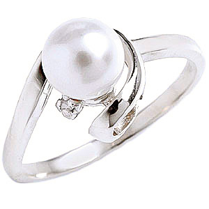 Pearl & Diamond Twist Ring in 18ct White Gold