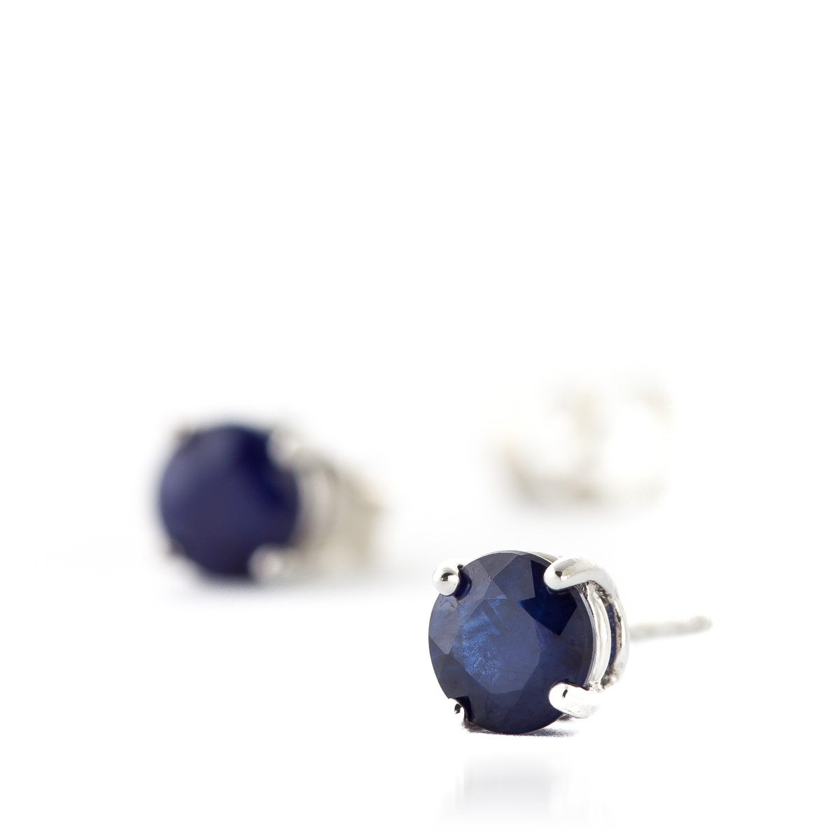 Sapphire Stud Earrings 0.95 ctw in 9ct White Gold