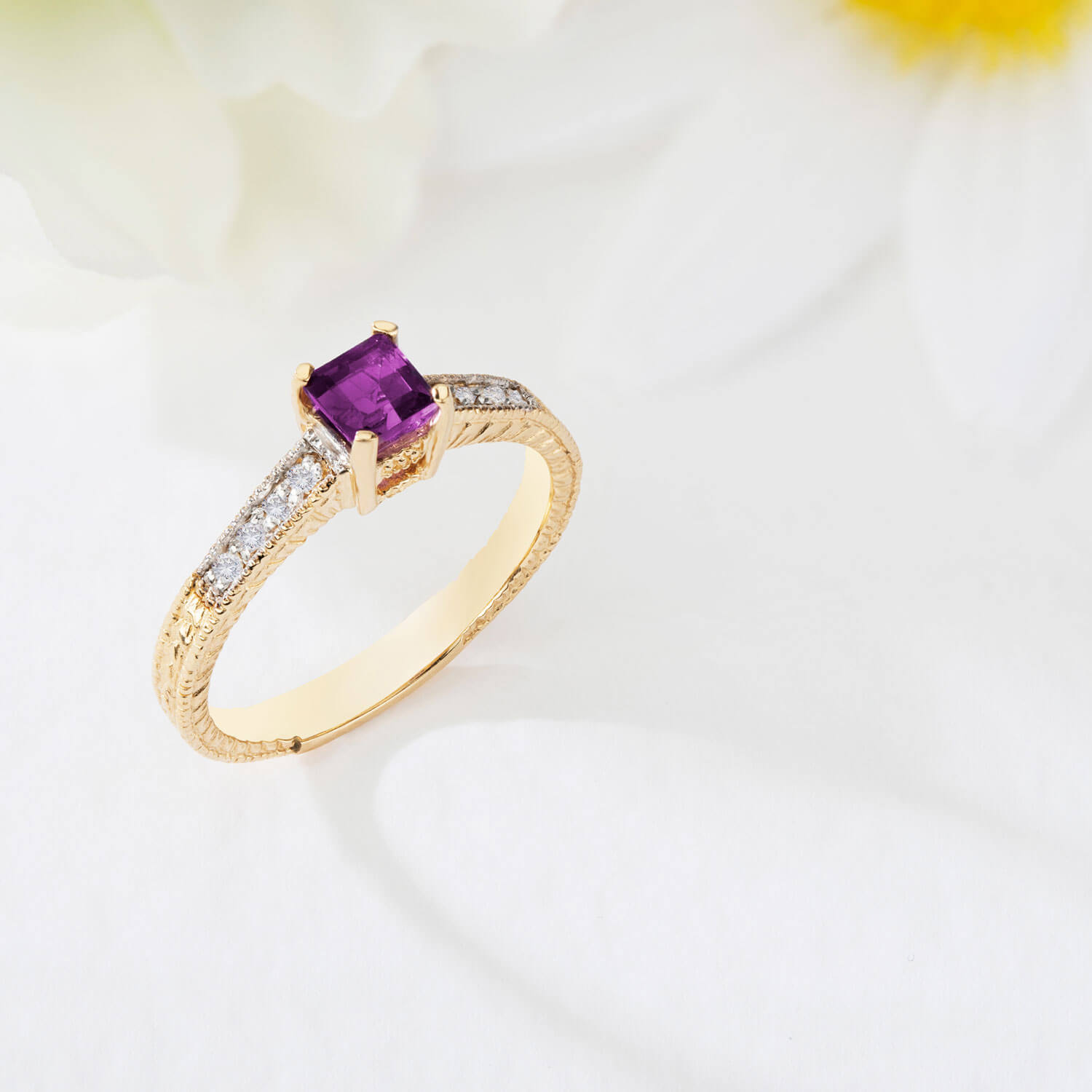 Amethyst & Diamond Shoulder Set Ring in 9ct Gold