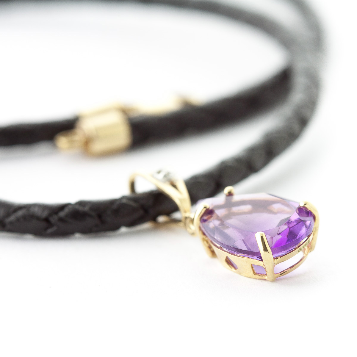 Amethyst Leather Pendant Necklace 6.01 ctw in 9ct Gold