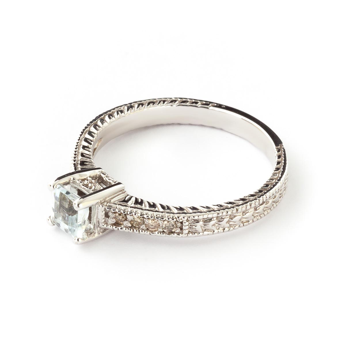 Aquamarine & Diamond Shoulder Set Ring in 9ct White Gold