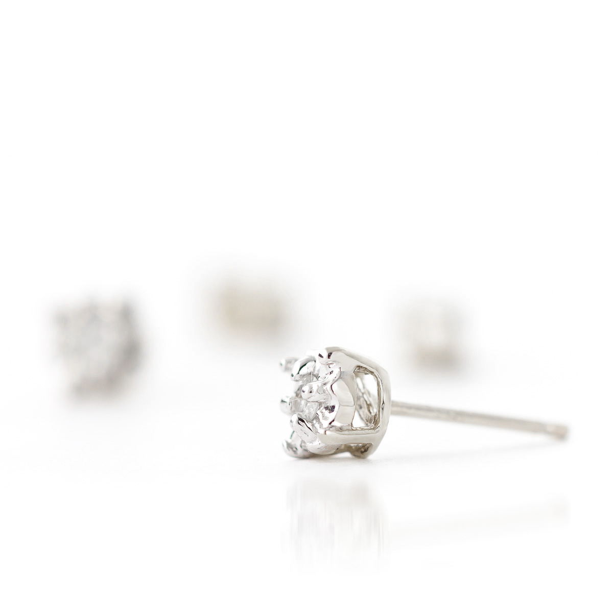 cut main stud princess square solitaire diamond platinum earrings