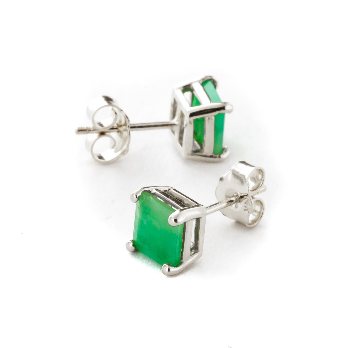 9ct White Gold Emerald Heart stud earrings L6tAG