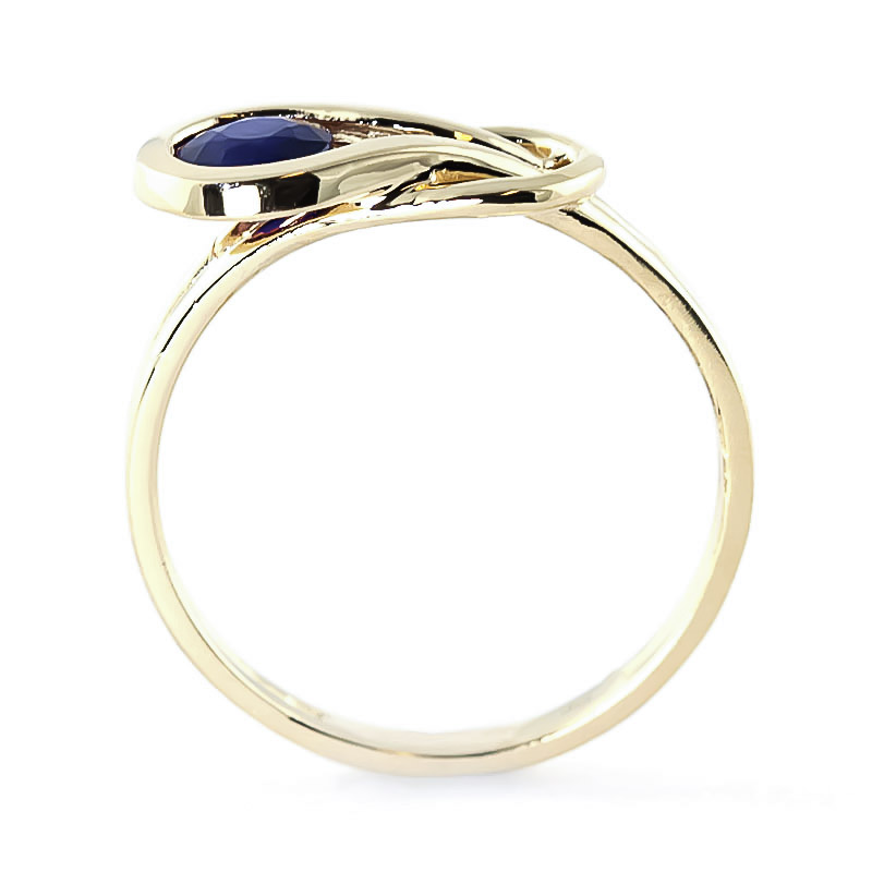 Sapphire San Francisco Ring 0.65ct in 9ct Gold