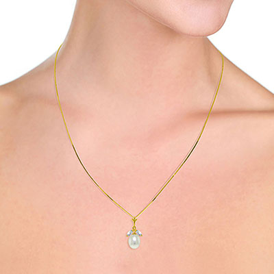 Pearl and Aquamarine Pendant Necklace 4.5ctw in 9ct Gold