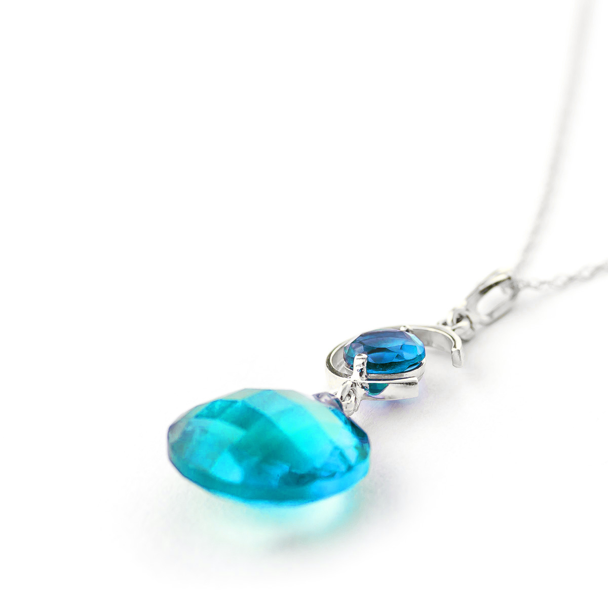 Round Cut Blue Topaz Pendant Necklace 5.8 ctw in 9ct White Gold