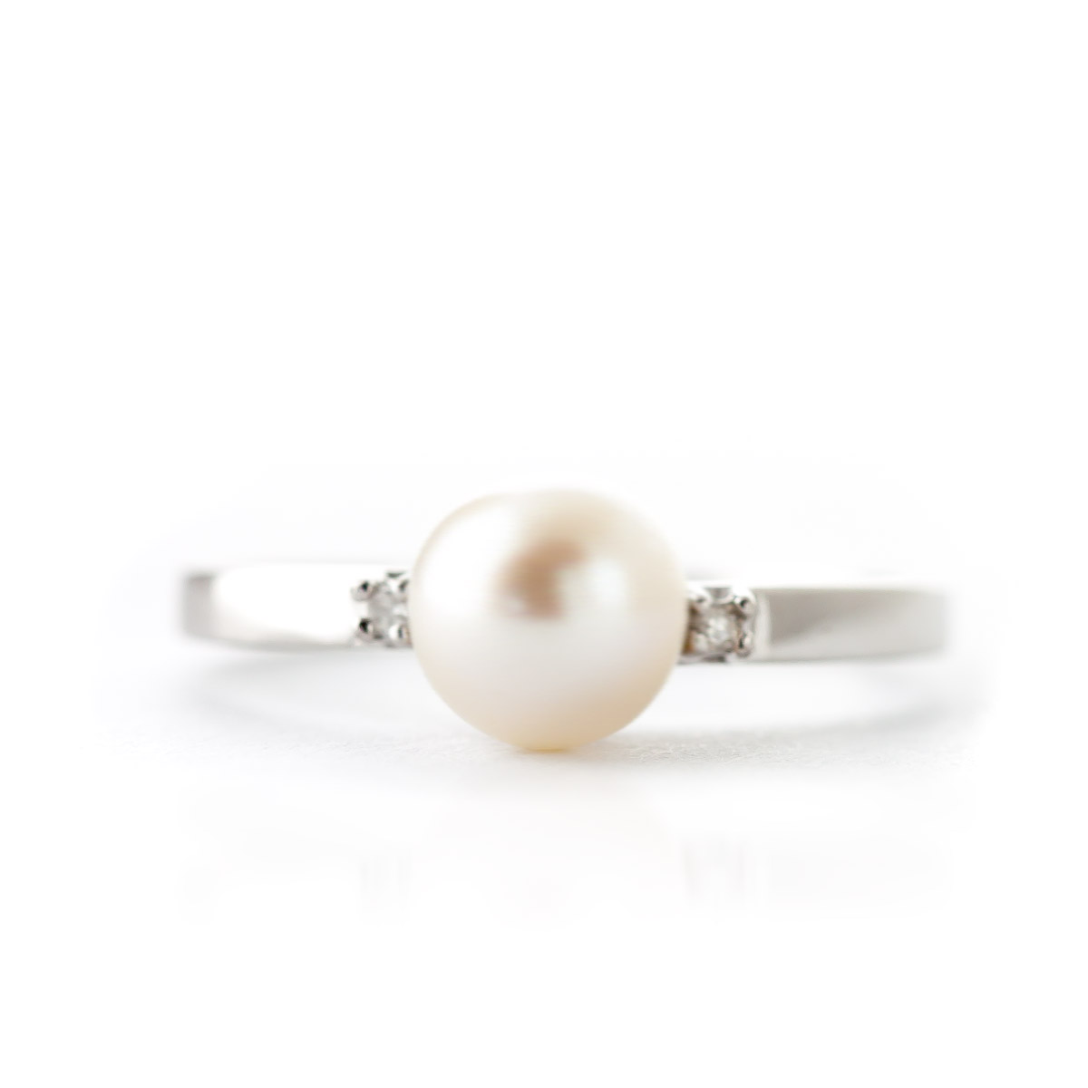 Pearl and Diamond Ring 1.0ct in 9ct White Gold