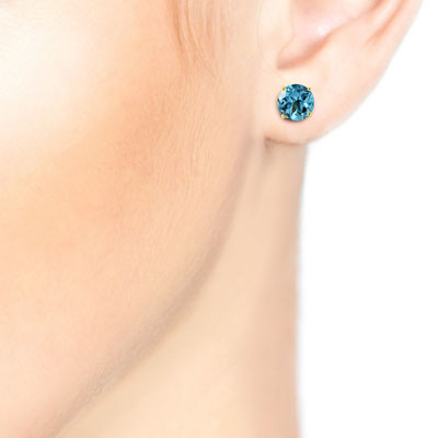 Blue Topaz Stud Earrings 0.95 ctw in 9ct Gold