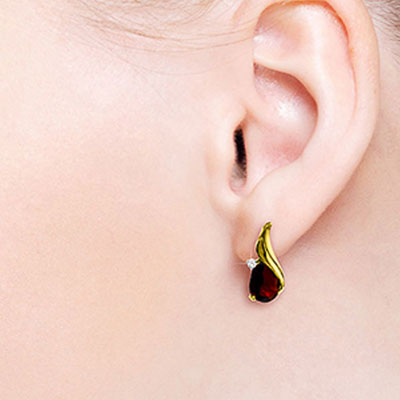 Garnet Stud Earrings 4.06 ctw in 9ct Gold